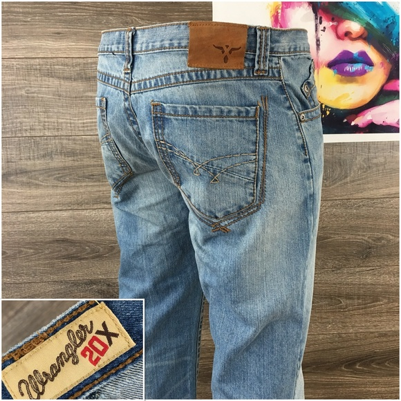 6c38ce6526c01a Wrangler 20X Style 33 Relaxed Mens Jeans 33x32. M_5b8a3a43a31c3365dcbc320b